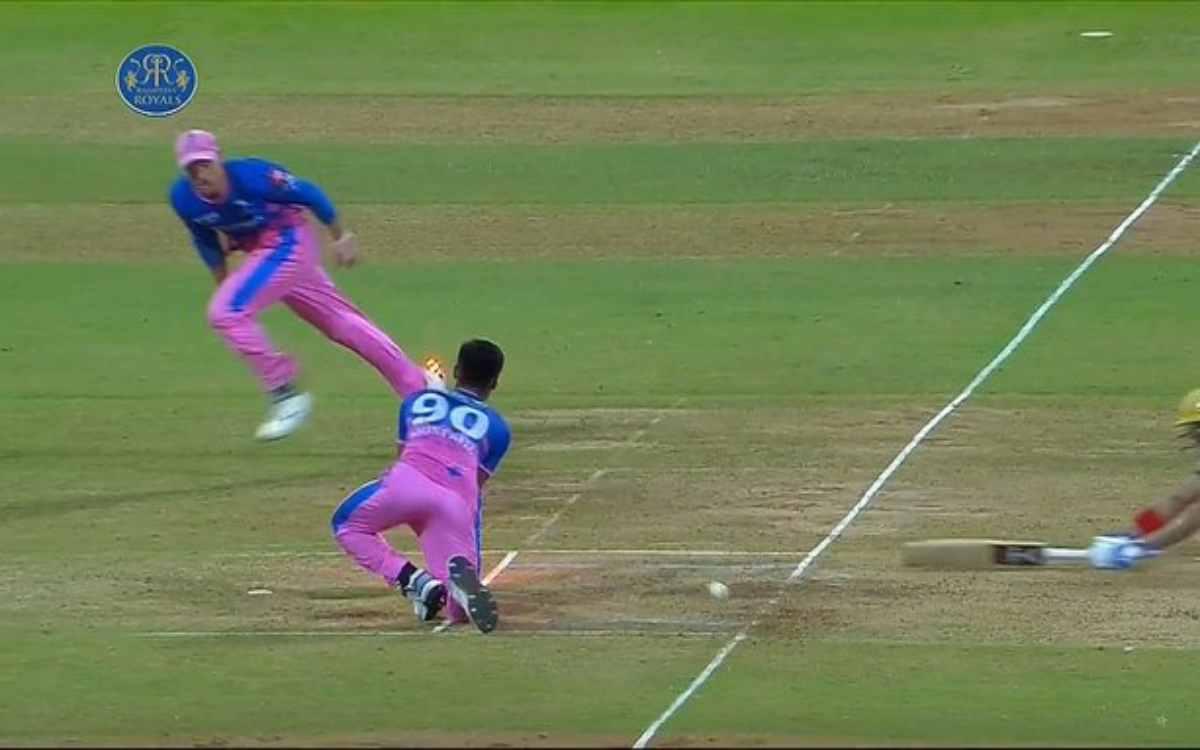 Cricket Image for 19 गेंदों में 11 रन बनाकर रनआउट हुए शुभमन, फैंस बोले- 'लगता है केकेआर के लिए गिल ह
