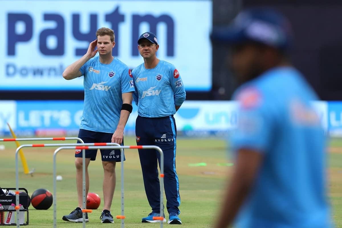Steve Smith Receives His Debut Cap For Delhi Capitals