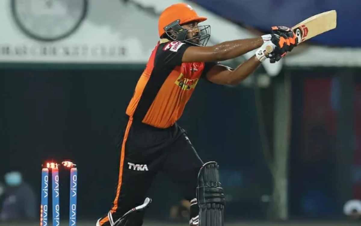 Cricket Image for 'ये इंडिया के लिए वर्ल्ड कप कैसे खेल गया', विजय शंकर के फ्लॉप शो ने बढ़ाया फैंस का