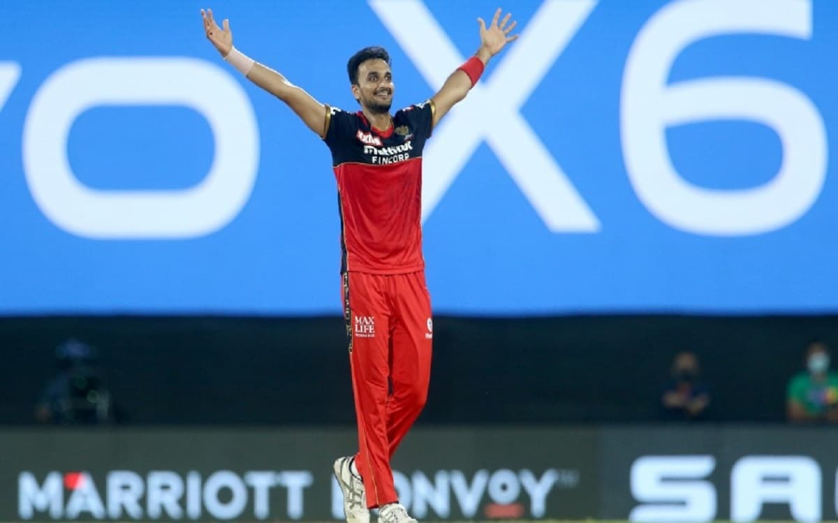 Cricket Image for Virat Kohli Gave Statement Praising The Harshal Patel Said He Is On Path Of Becomi