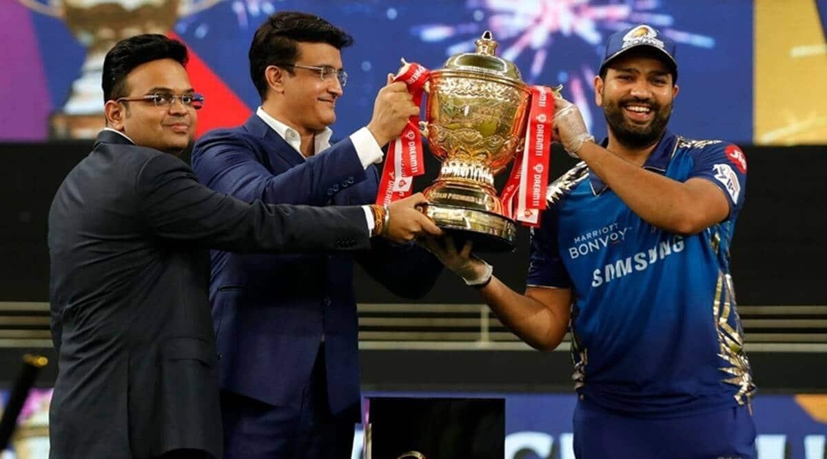 Aakash Chopra wants 5 overseas in playing XI during IPL 2022