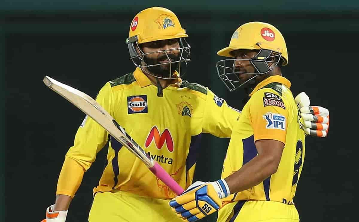 Chennai Super kings sets 219 runs target for Mumbai Indians