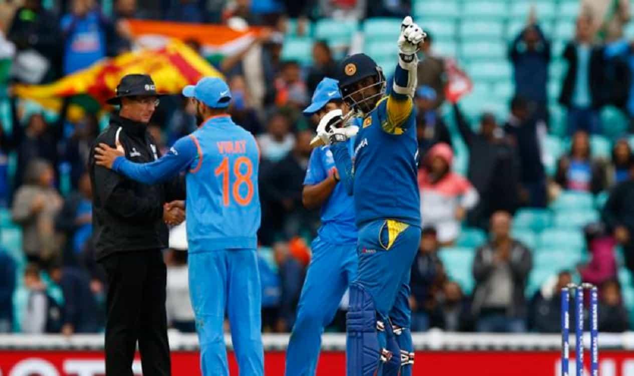 Cricket Image for कम पैसे मिलने पर बोर्ड से भिड़े श्रीलंका के 3 स्टार क्रिकेटर, भारत के खिलाफ सीरीज