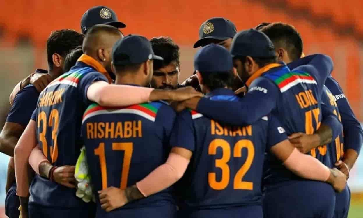 Cricket Image for पाकिस्तान के कामरान अकमल ने की टीम इंडिया की तारीफ,बोले अपने सुनहरे दौर से गुजर रह