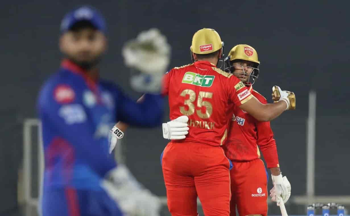 Punjab Kings Sets 167 runs target for Delhi Capitals