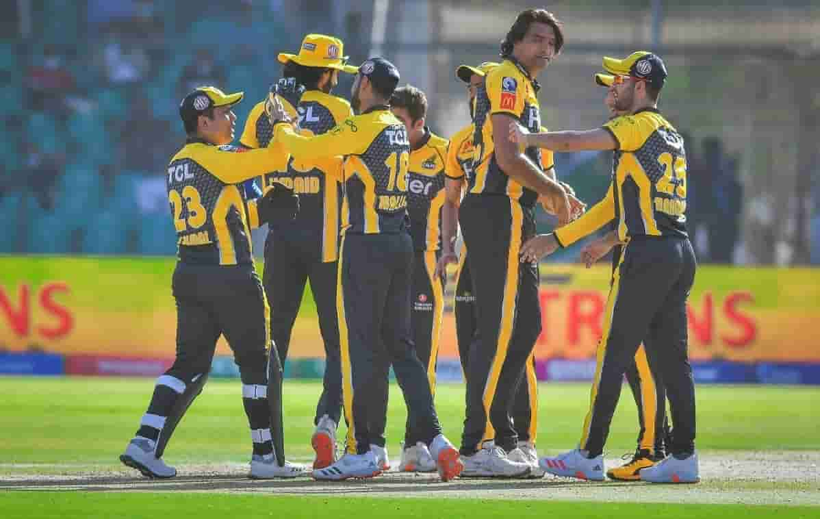 Cricket Image for Coconut Water, Ice Vests And Separate Bubbles For Resuming Pakistan Super League
