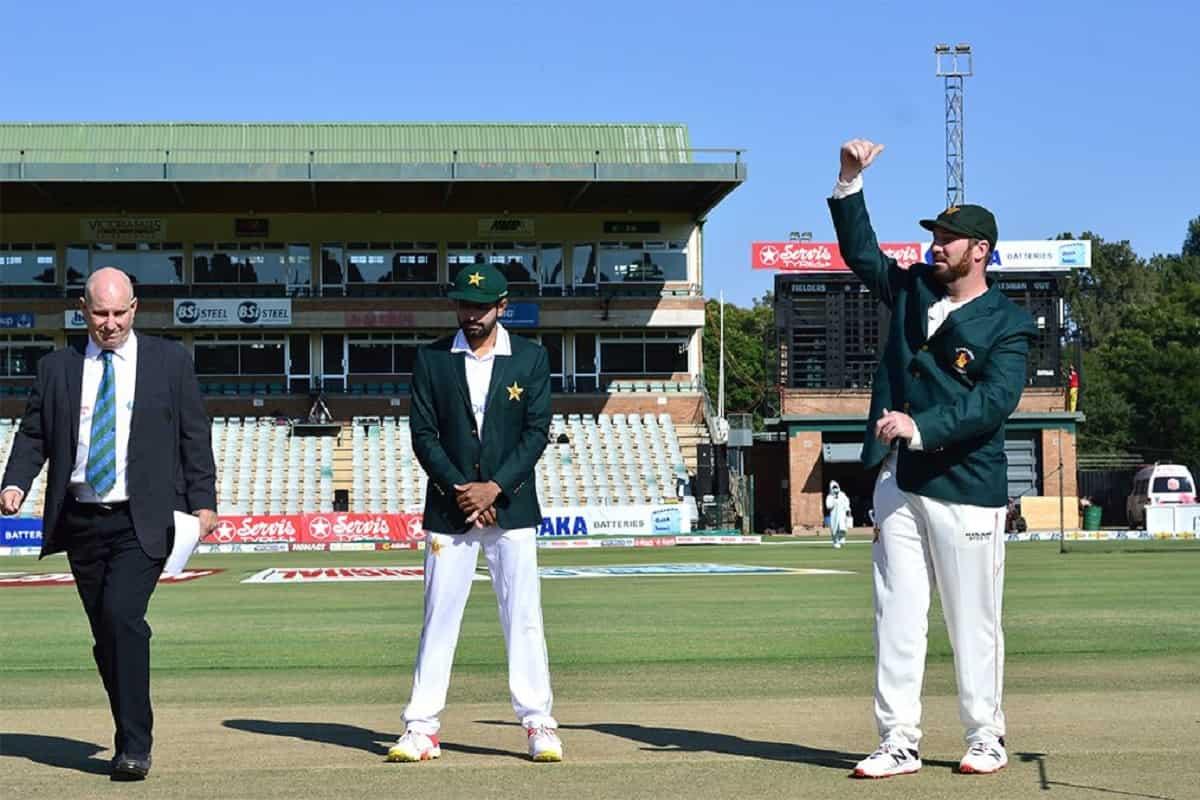 ZIM vs PAK - पाकिस्तान ने टॉस जीतकर लिया पहले बल्लेबाजी का फैसला, देखें दोनों टीमों का प्लेइंग XI