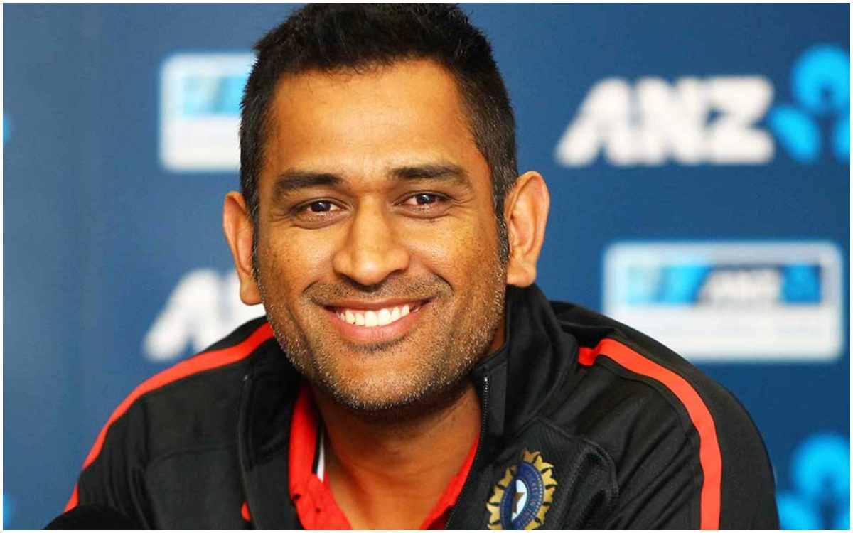Cricket Image for एमएस धोनी का 9 साल पुराना ट्वीट हुआ वायरल, फैन को दिया था करारा जवाब