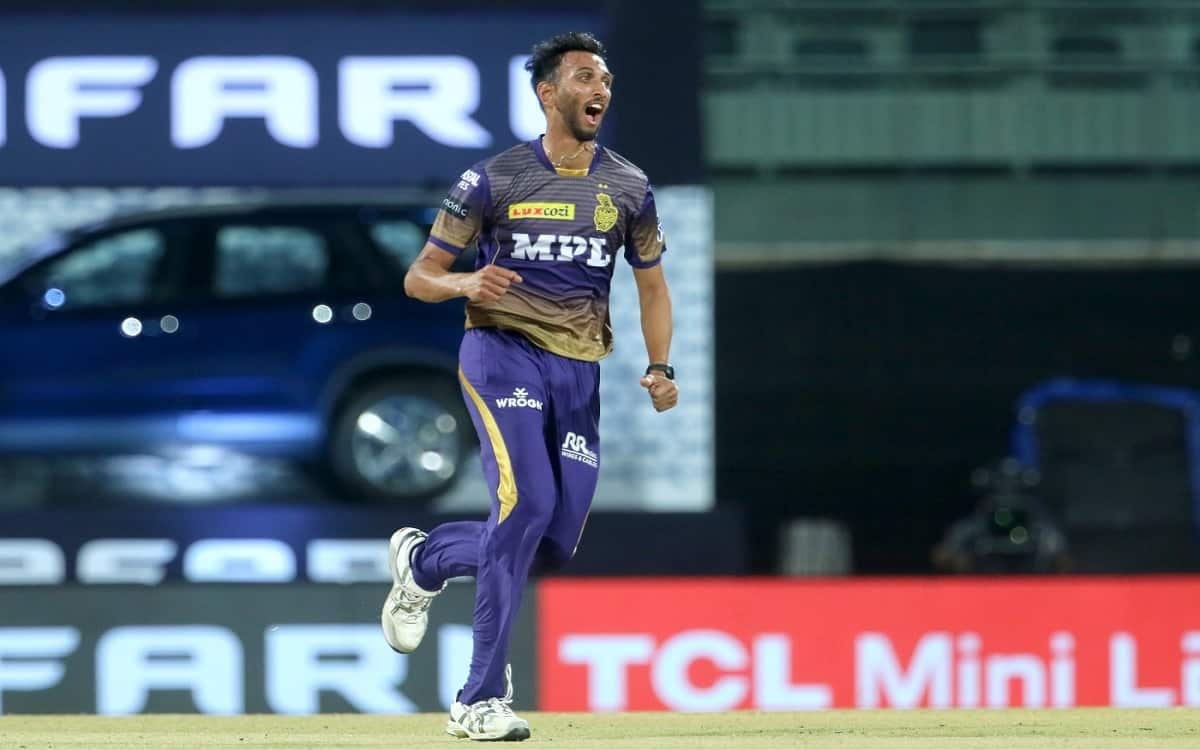 KKR's fast bowler Parsidh Krishna was hit by Corona after selected in indian test team as a standby