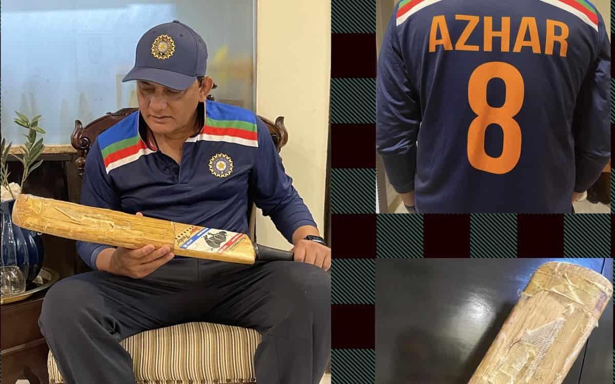Cricket Image for अजहरूद्दीन ने फिर थामा अपना 'ऐतिहासिक बल्ले', सोशल मीडिया पर पोस्ट शेयर कर बताया क