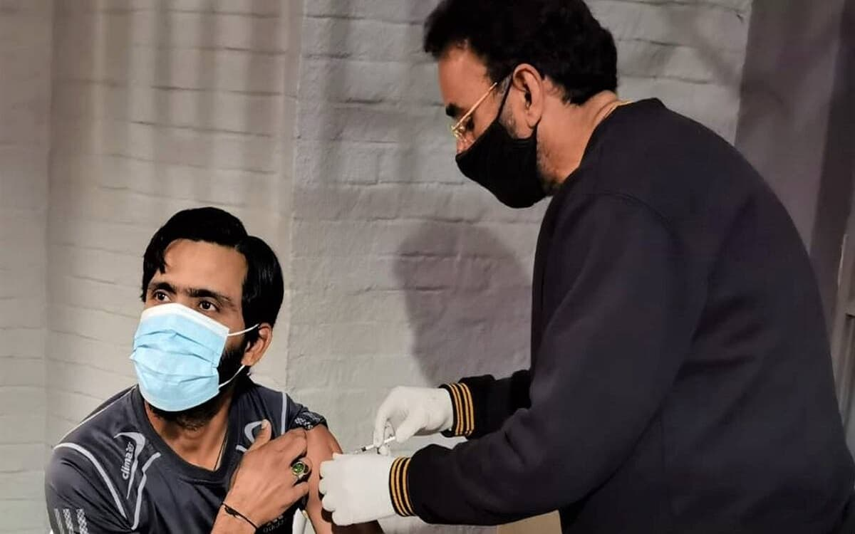 Pakistan Cricket Team Completed the first phase of vaccination for Cricketers
