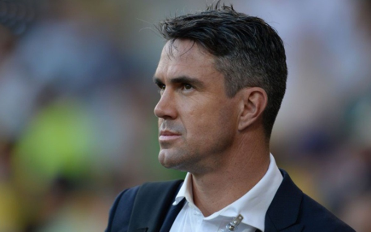 Cricket Image for Twitter Reaction After Kevin Pietersen Tweets In Hindi