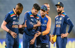 Shreyas Iyer is recovering after surgery, player shared video for fans