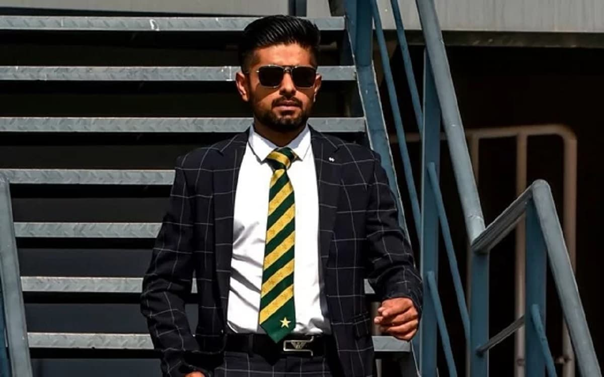 Babar Azam gets engaged to his cousin, marriage to take place next year