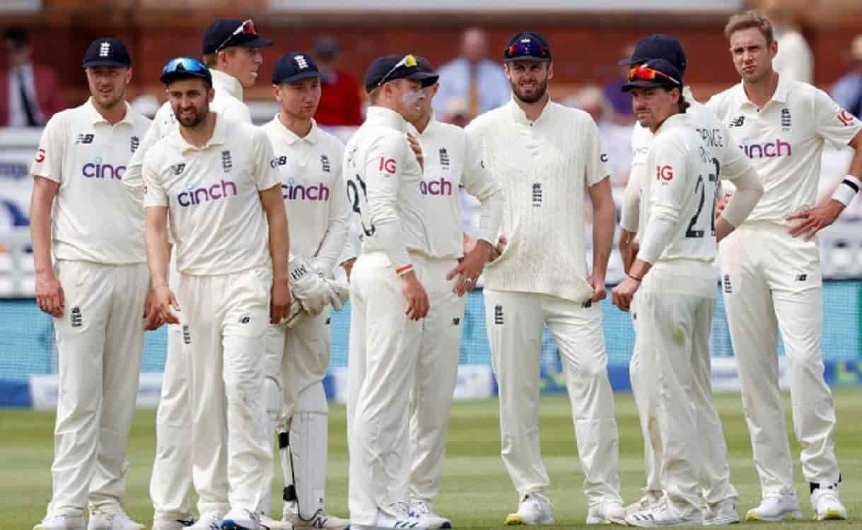 Cricket Image for इंग्लैंड क्रिकेट टीम को झटका, आईसीसी ने स्लो ओवर रेट के लिए लगाया 40 फीसदी जुर्मान