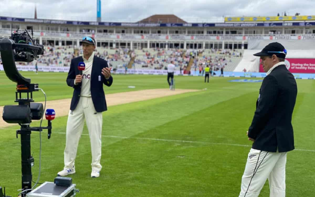 England opted to bat first against New Zealand in second test