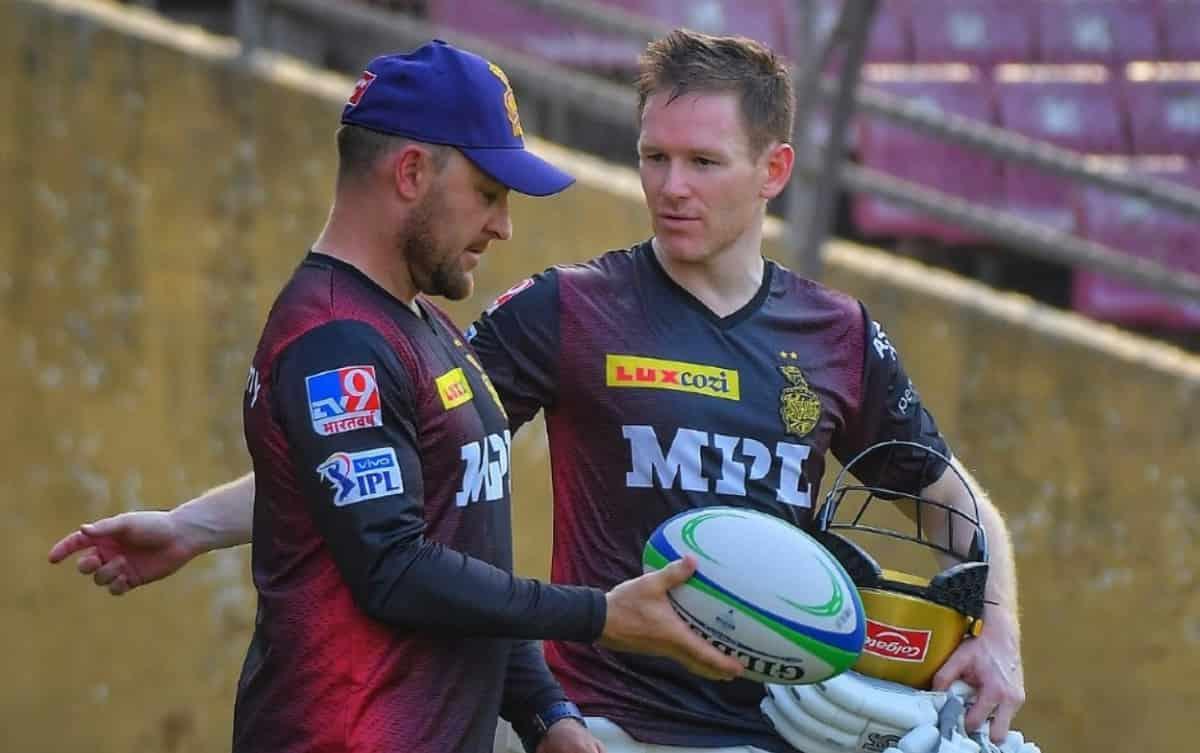 Cricket Image for भारतीयों का मजाक उड़ाने पर KKR इयोन मोर्गन,ब्रैंडन मैकुलम पर कर सकती है कार्रवाई,क