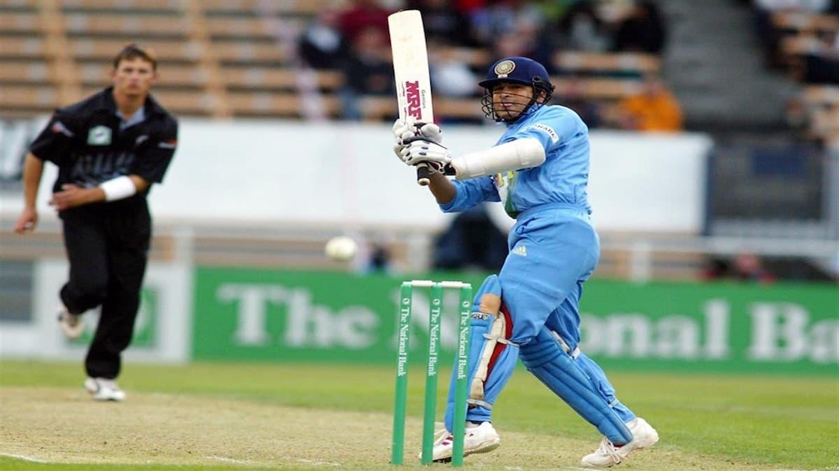 Sachin 27 ball 72 runs in super max international match against New zealand