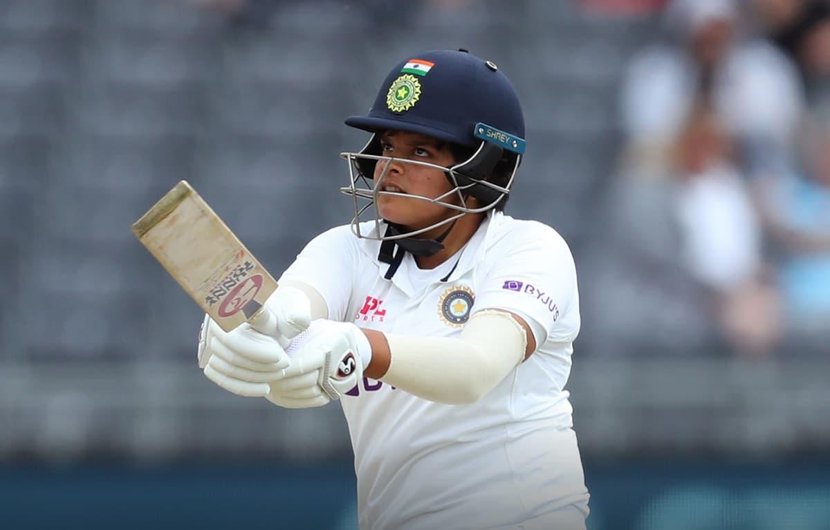Cricket Image for शेफाली वर्मा ने डेब्यू पर 96 रन बनाकर रचा इतिहास, ऐसा रिकॉर्ड बनाने वाली इकलौती मह