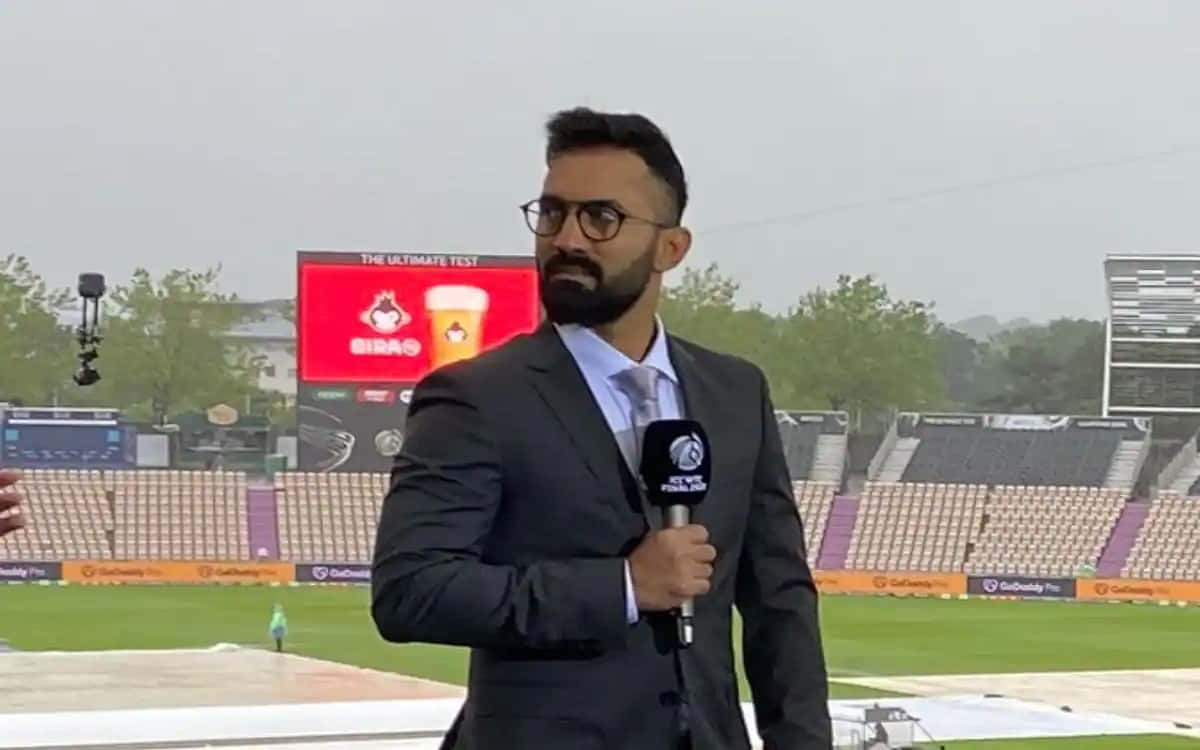 Cricket Image for Dinesh Karthik Became The Favorite Of Cricket Fans With His Debut In Commentary