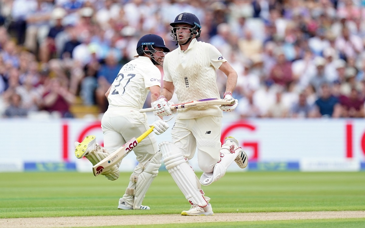 England's best start on the first day of the second Test team scored 67 runs against New Zealand till lunch