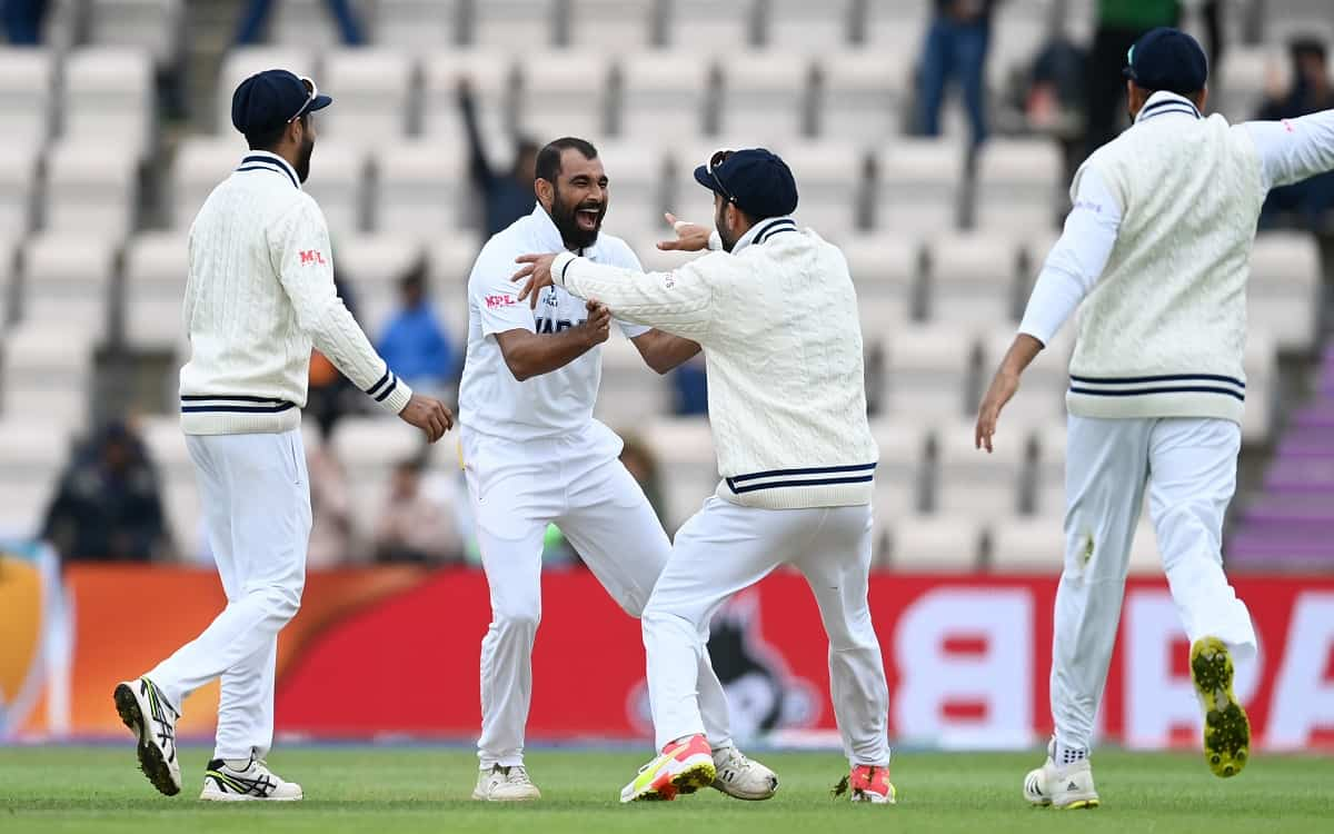 Cricket Image for New Zealand Battered By Mohammed Shamis Four Wicket Haul Kiwis First Innings Was R