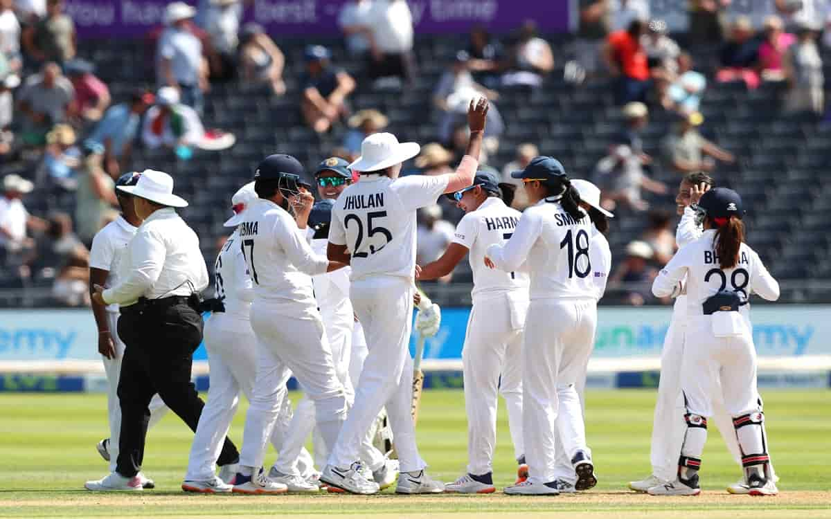 Cricket Image for England Declared The Innings By Scoring A Big Score Of 396 Runs In Front Of The In