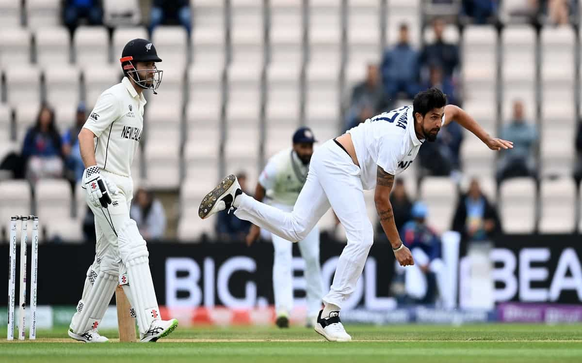 Cricket Image for New Zealand Team Involved In Indian Bowling Scored 135 Runs For The Loss Of 5 Wick