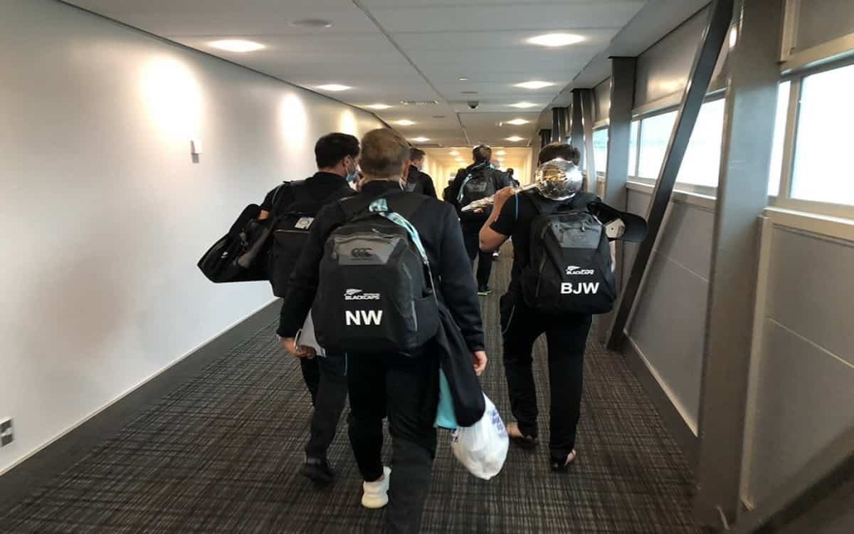Cricket Image for New Zealand Players Returned Home With World Test Champioship Trophy