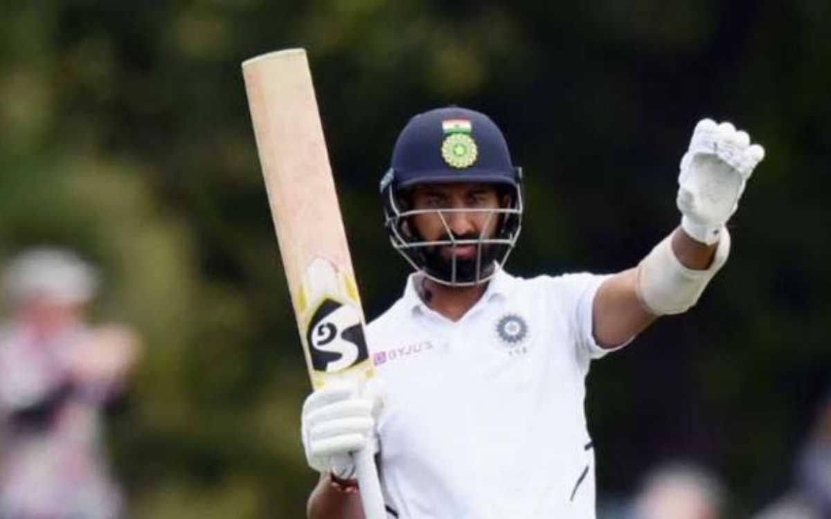 Cricket Image for पुजारा को ट्रोल करना श्रीलंकाई फैन पर पड़ा भारी, इंडियन फैंस ने लगा दी 'सुपरफैन' क