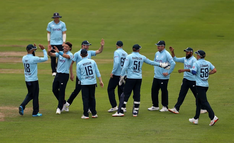 Cricket Image for ENG vs SL: बारिश ने श्रीलंका को बचाया, लेकिन इंग्लैंड वर्ल्ड कप सुपर लीग टेबल में