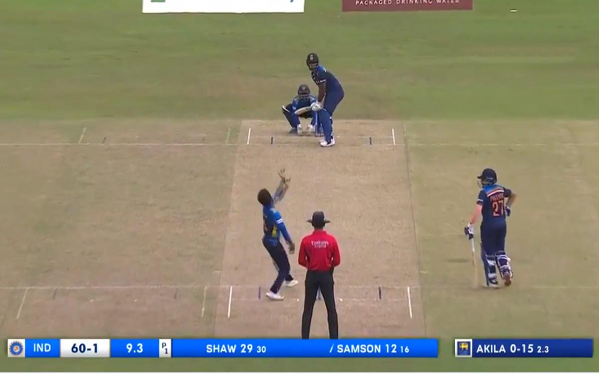 Cricket Image for Ind Vs Sl Sanju Samson First Six In Odi Watch Video