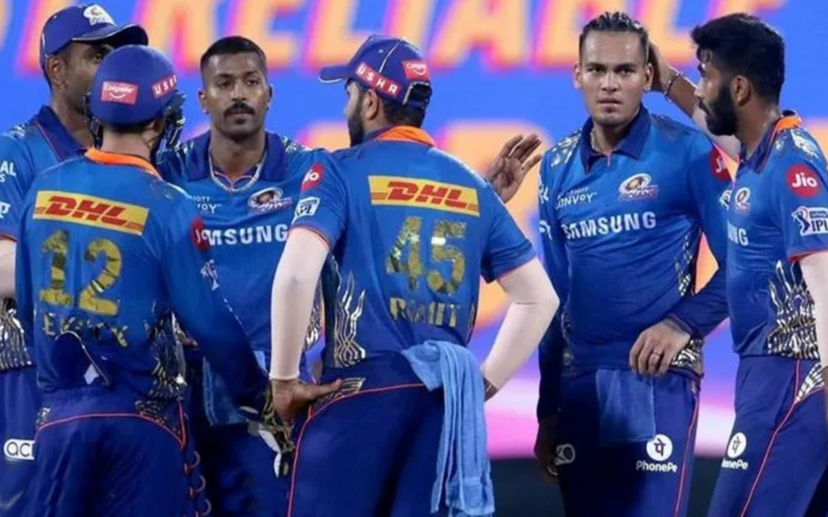 Cricket Image for Ipl 2022 Four Players Who Might Be Retained By Mumbai Indians