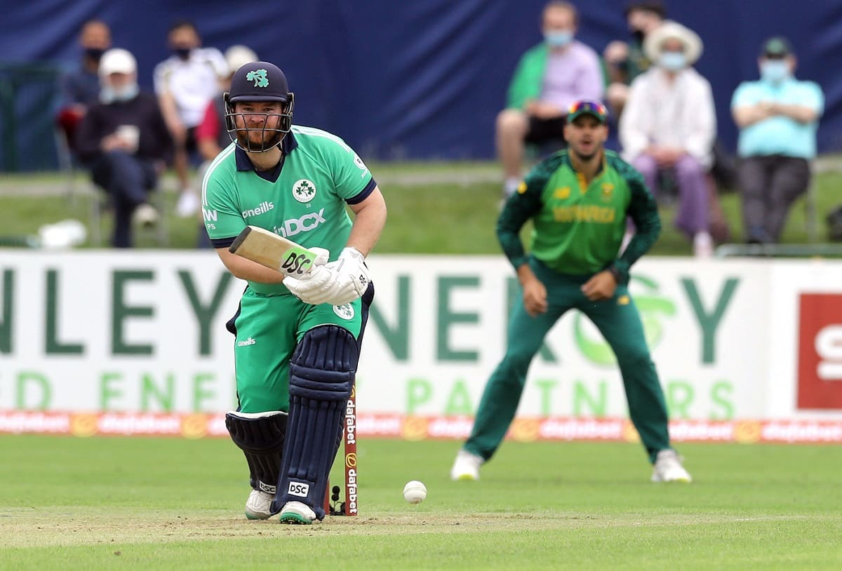 Ireland becomes first team where the no.1 and no.11 batsmen have hit six in T20I