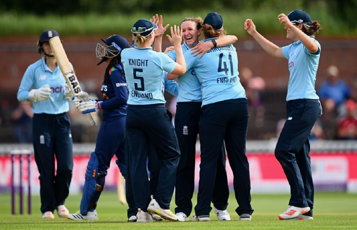 Cricket Image for  2nd ODI: मिताली राज का एक और अर्धशतक गया बेकार, भारत को 5 विकेट से हराकर इंग्लैंड