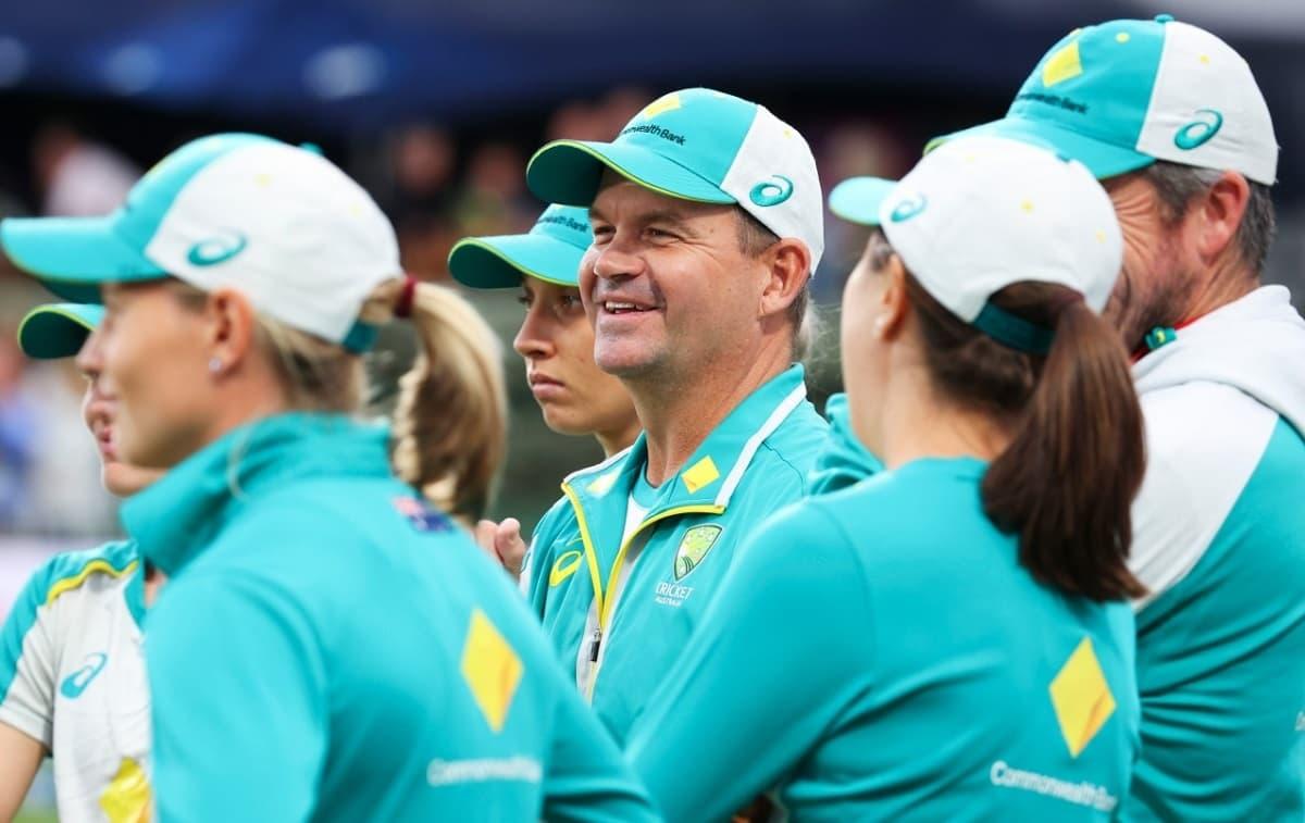 Cricket Image for मैथ्यू मॉट का करार बढ़ा,2023 T20 वर्ल्ड कप तक रहेंगे ऑस्ट्रेलिया महिला क्रिकेट टीम