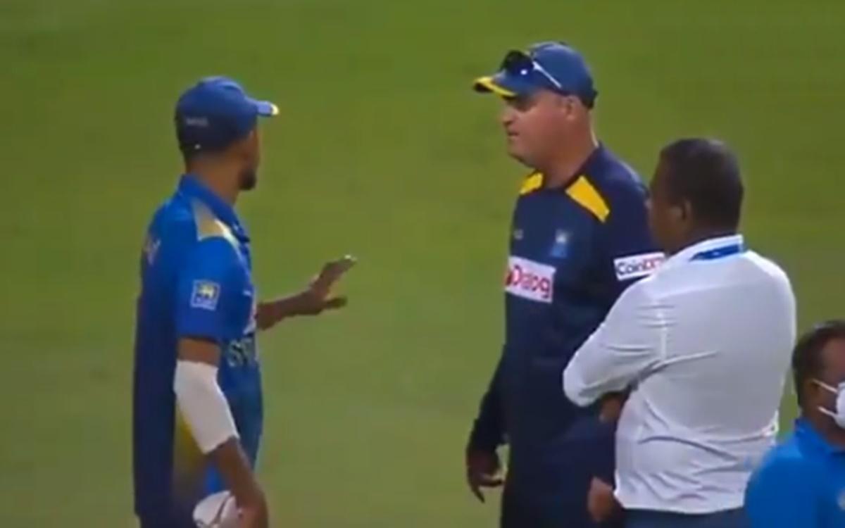 Cricket Image for Mickey Arthur Conversation With Dasun Shanaka After Sri Lanka Lost
