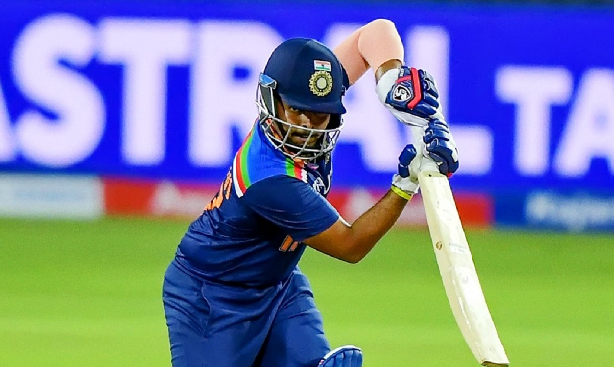Cricket Image for पृथ्वी शॉ ने T20I डेब्यू पर बनाया शर्मनाक रिकॉर्ड, भारतीय इतिहास में दूसरी बार हुआ