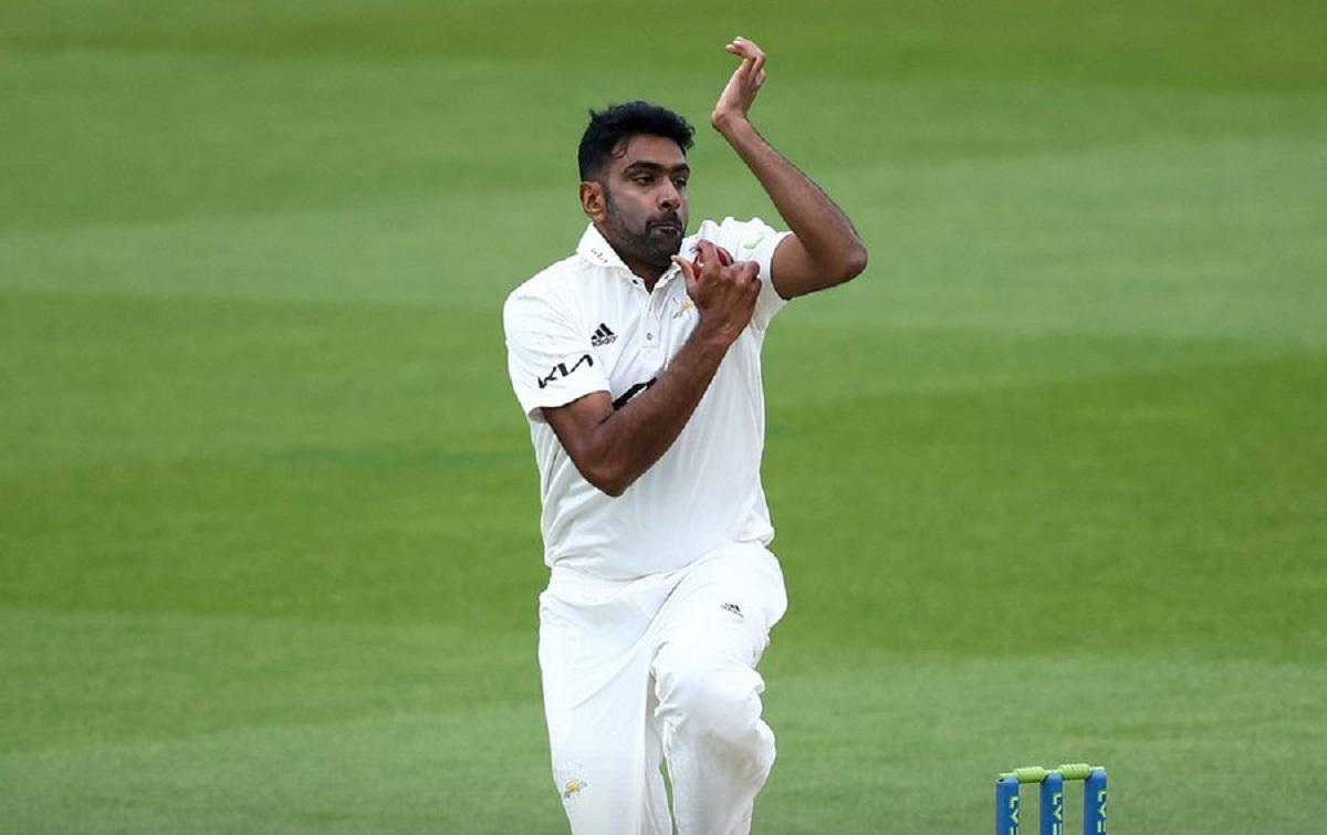 Cricket Image for रविचंद्रन अश्विन ने पहला ओवर डालते ही रचा इतिहास, 11 साल के बाद काउंटी क्रिकेट में