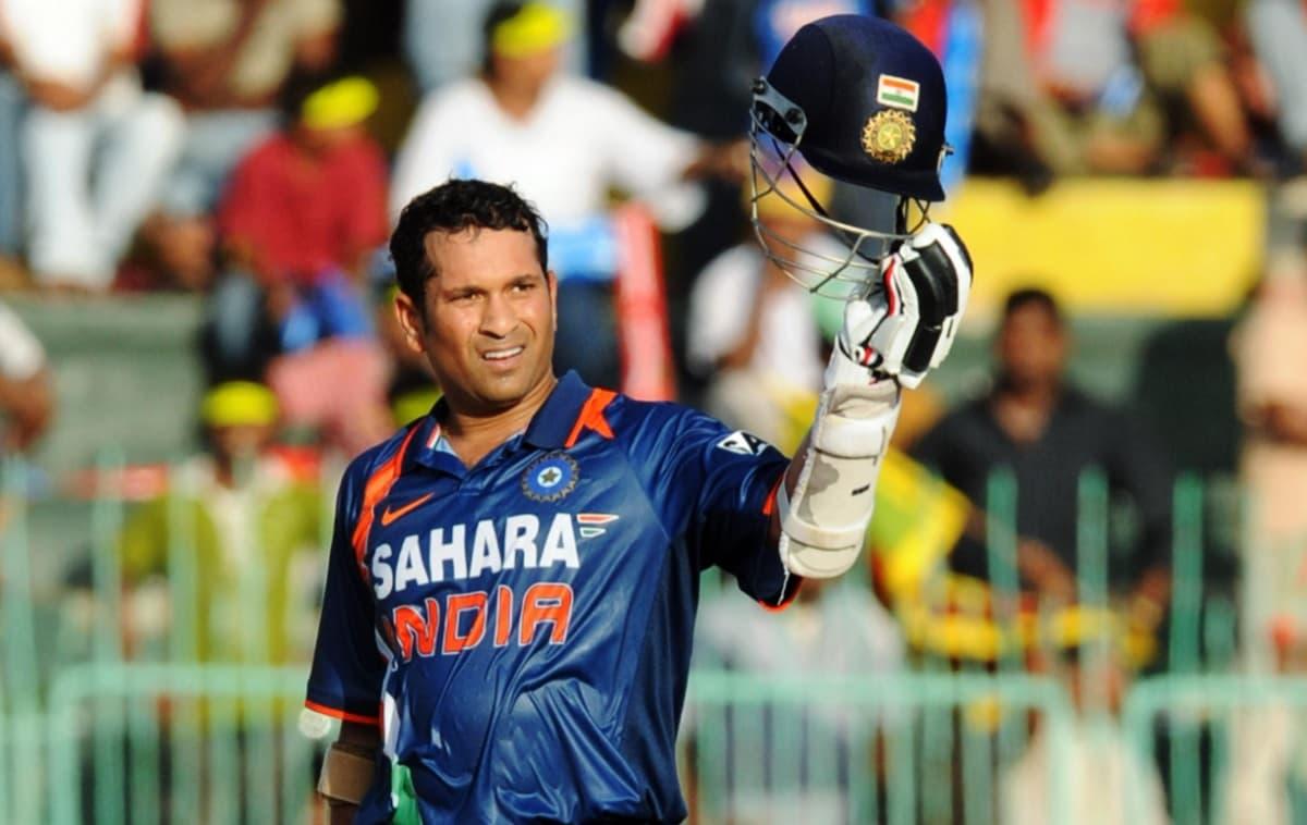 Cricket Image for 5 भारतीय बल्लेबाज जिन्होंने श्रीलंका के खिलाफ वनडे में बनाए हैं सबसे ज्यादा रन,धोन