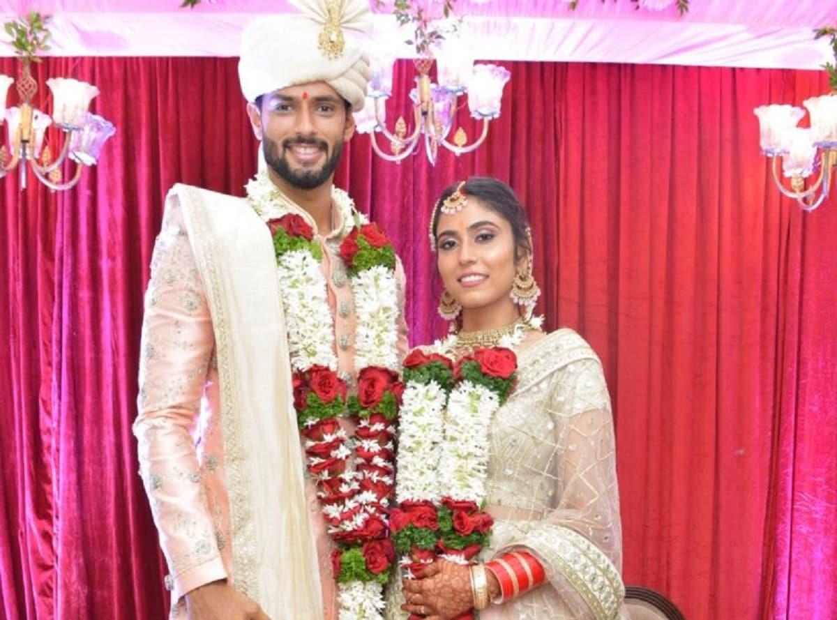 Shivam Dubey gets married to her childhood friend Anjum Khan