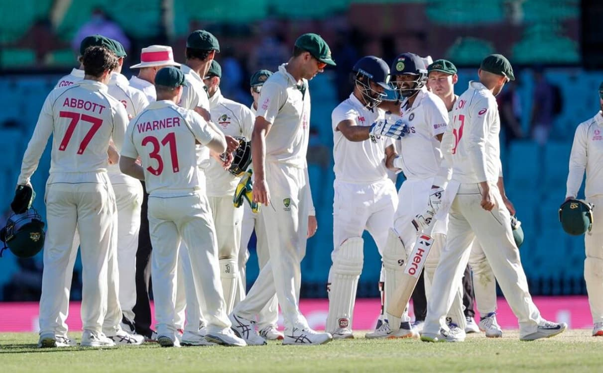 Shocked by India loss, Australia hire two batting coaches