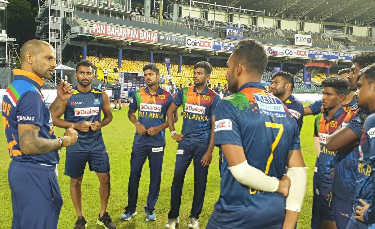 Cricket Image for भारत के खिलाफ T20I सीरीज में जीत के बाद श्रीलंकाई खिलाड़ियों पर पैसों की बरसात,बोर