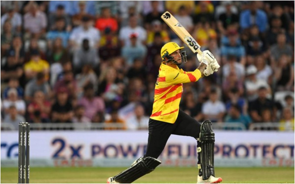 Cricket Image for THE HUNDRED : 'वो खड़ा रहा, वो लड़ता रहा और आखिरकार अपनी टीम को जीता दिया'