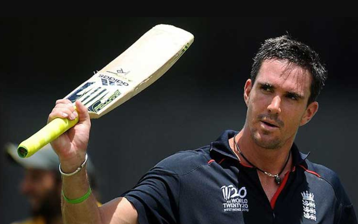 Cricket Image for England Opener Kevin Pietersen Names His Best T20 Xi