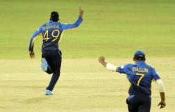 Hasaranga Takes 4 As India Reach 82/8 In First Innings