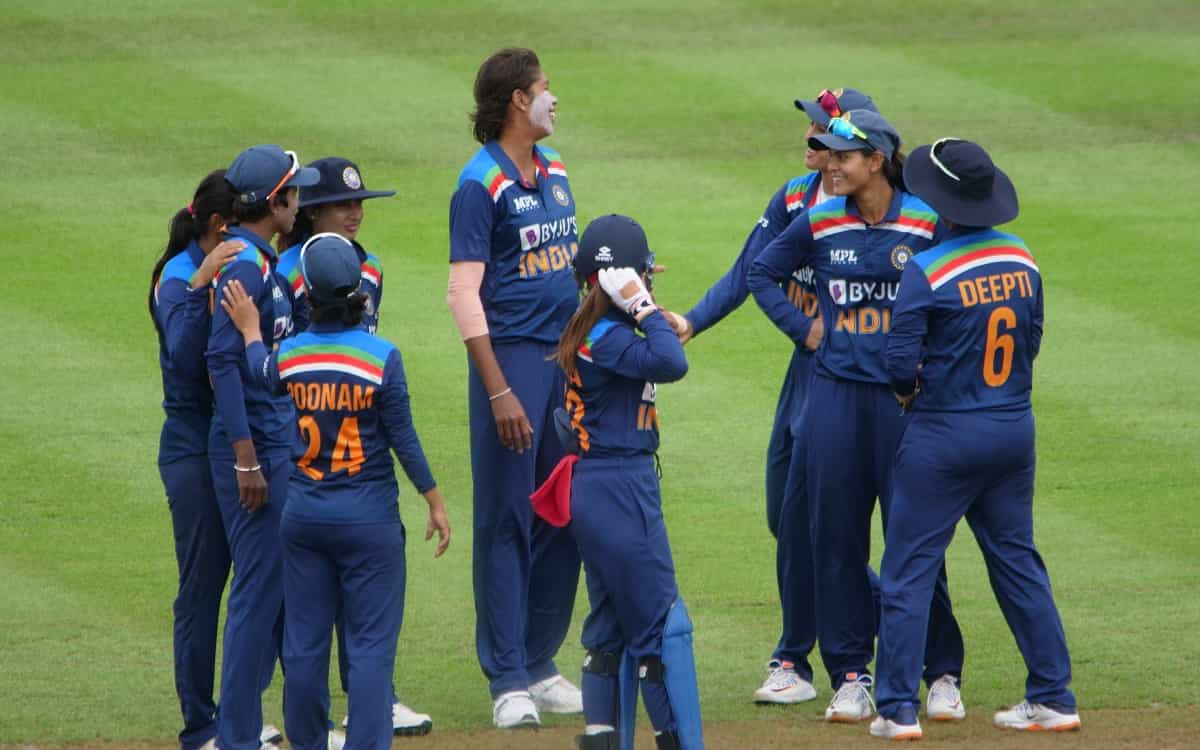 Cricket Image for Indian Womens Team Has A Strong Hold On Third Odi England Were Bundled Out For 219