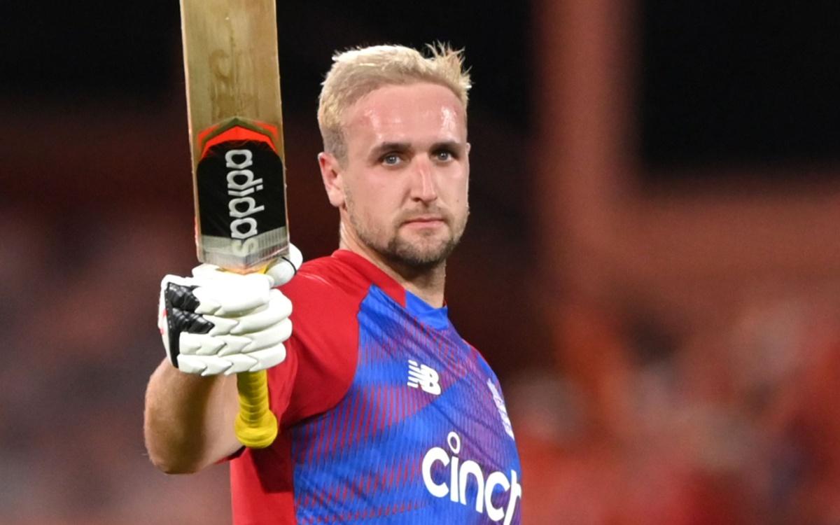 Cricket Image for VIDEO : लिविंगस्टोन ने ठोके 9 छक्के और 5 चौके, पाकिस्तान के खिलाफ 42 गेंदों में बन