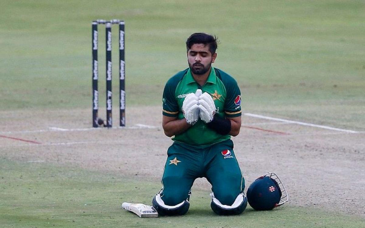 Cricket Image for 'बाबर आज़म बहुत लक्की है', इंग्लिश टीम को लेकर सोशल मीडिया पर फैंस ने मचाया बवाल