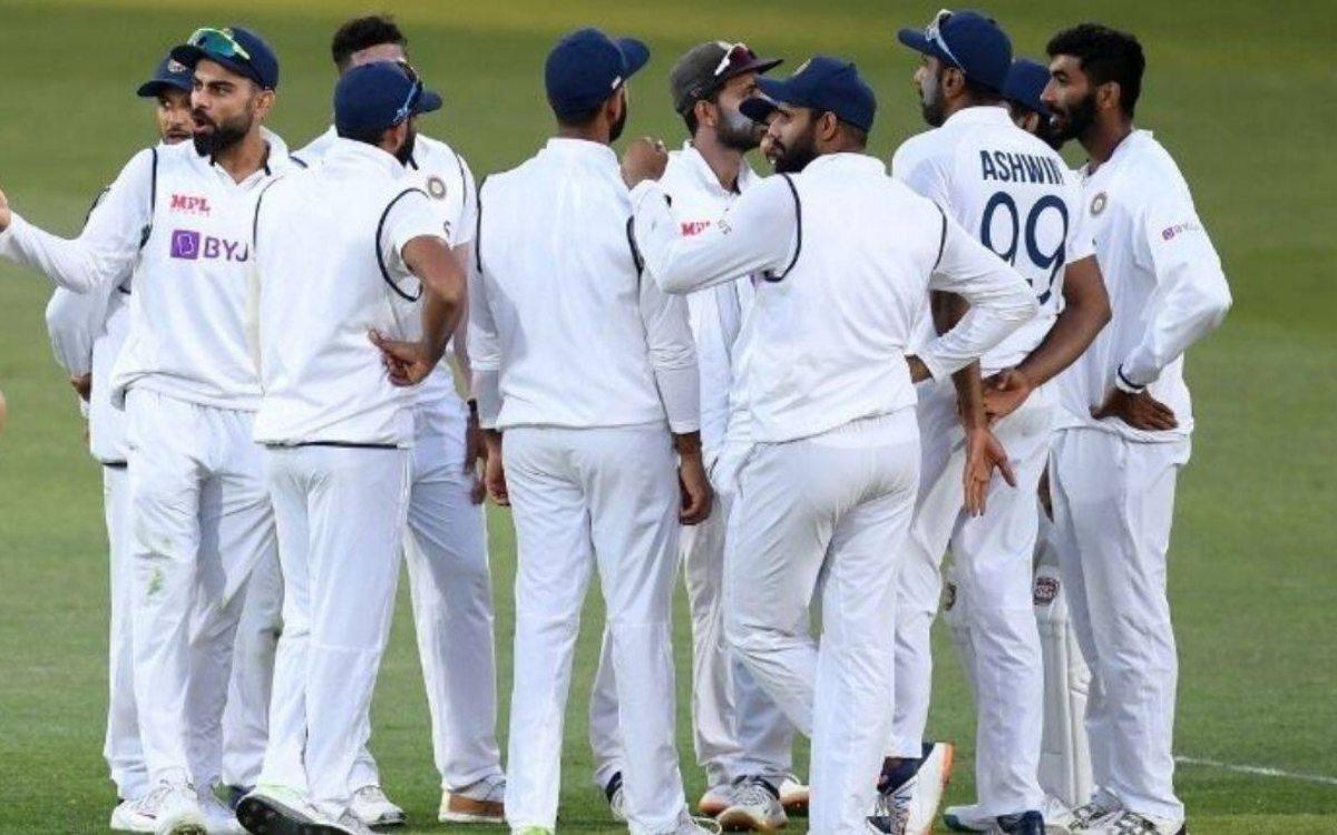 Cricket Image for टीम इंडिया के दो क्रिकेटर हुए कोरोना पॉज़ीटिव, इंग्लैंड टूर पर मंडराए खतरे के बादल
